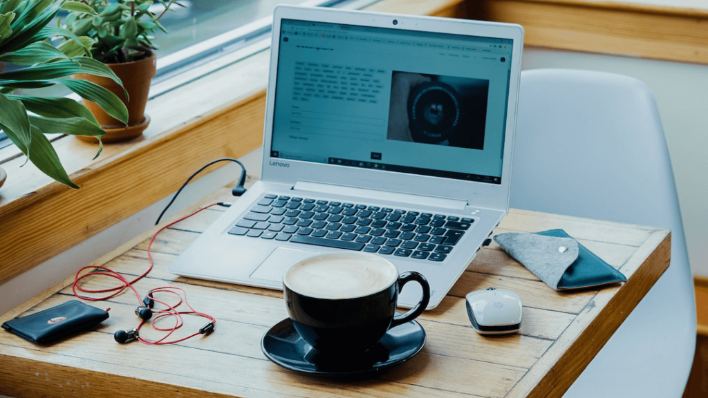 10 Common Myths About Running a Freelance Business | The Creative Stretch