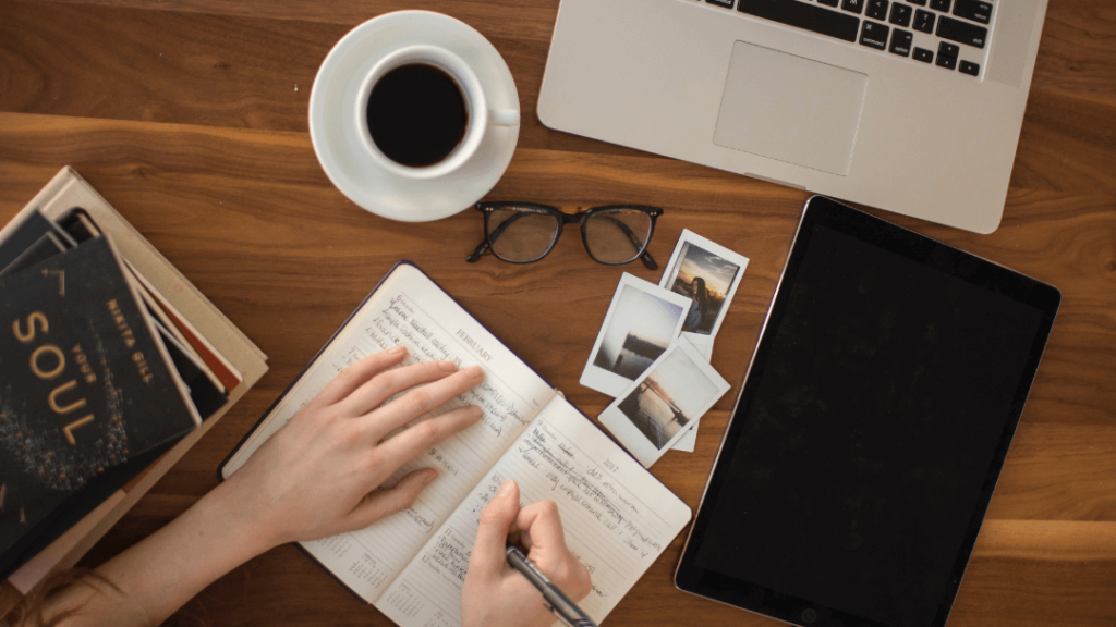 The Complete Beginner's Guide to Starting a Freelancing Career   The Creative Stretch